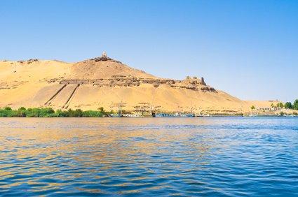 古代エジプト文明 ナイル川 関係 黄金