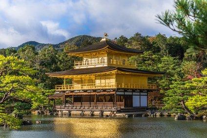 金閣寺にも使われている金箔の魅力