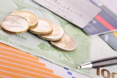 金は本当にデフレに強いの?