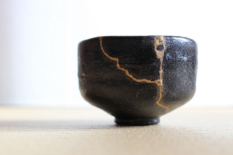 「金継ぎ」とは?~日本伝統の修復技法の魅力と方法