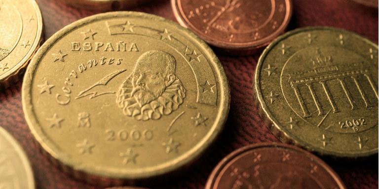 売るなら今!記念コインが高価買取されるワケとは?