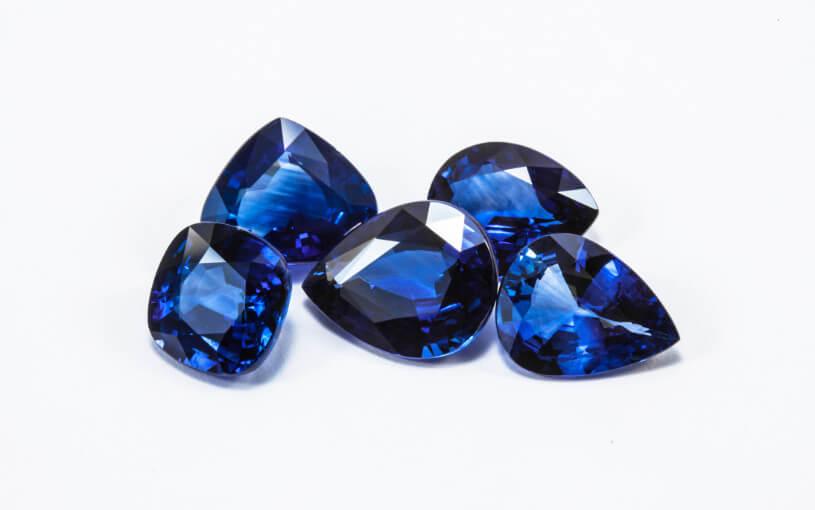 サファイアとダイヤモンドの特徴&買取評価比較