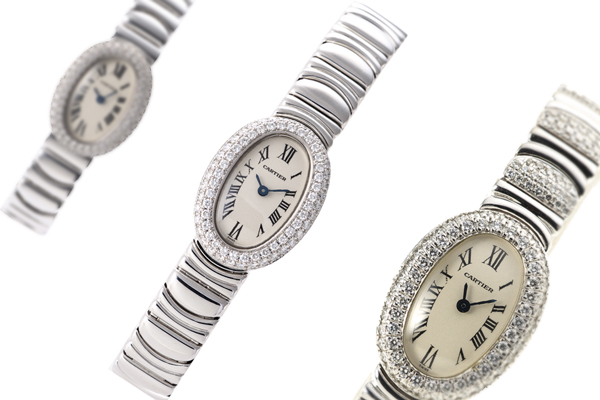 ベニュワールはカルティエの女性らしいオーバルフェイス腕時計