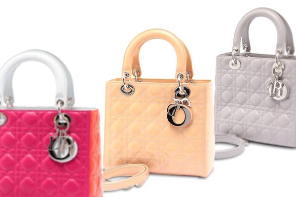 ディオールのアイコンバッグといえば、レディディオール(Lady Dior)