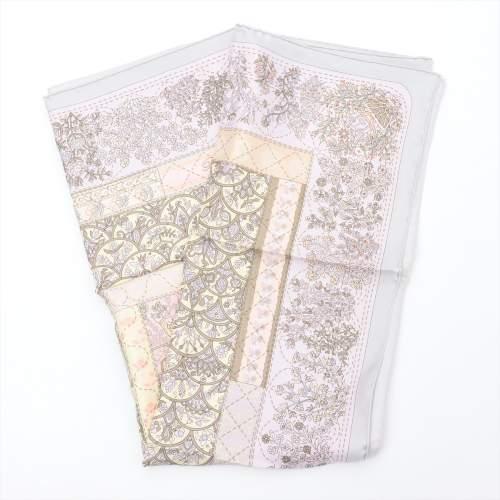 エルメス カレ90 「Pique Fleuri de Provence(プロヴァンスの花刺繍)」 スカーフ シルク パープル